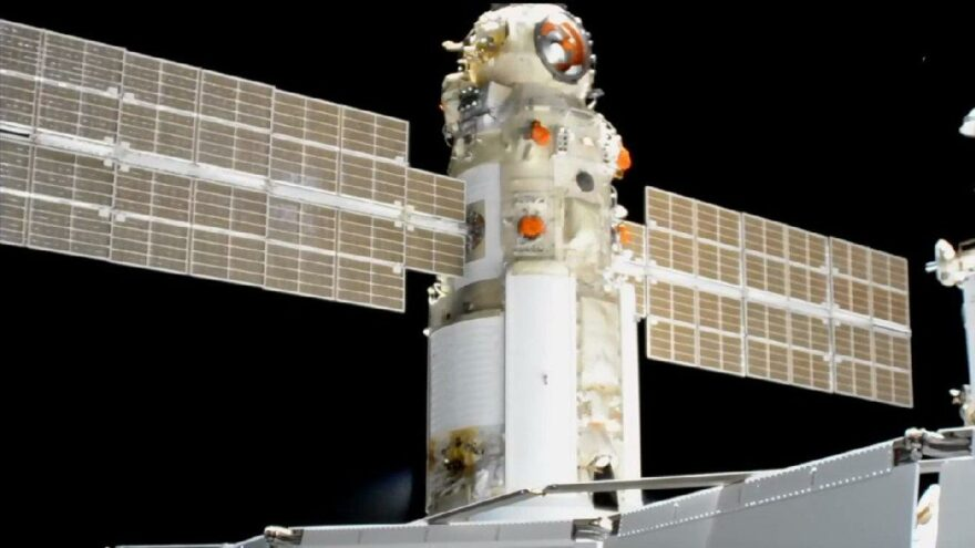 Rus modülü ateşlendi… ISS konumundan saptı