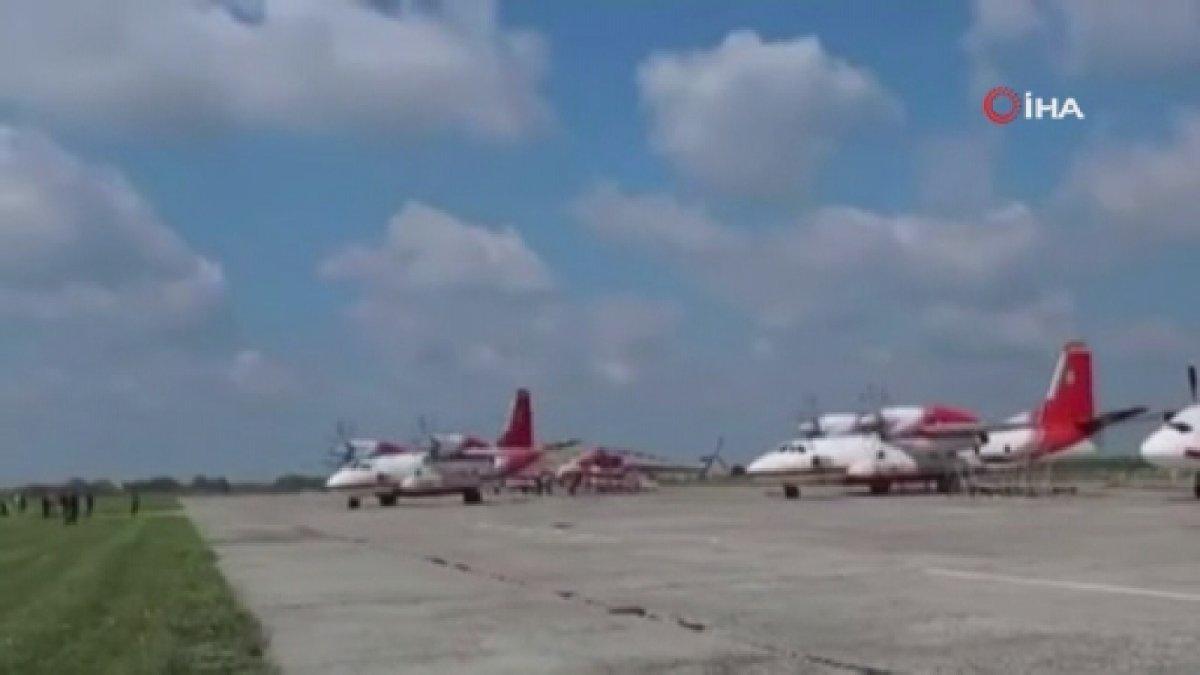Ukrayna'dan Türkiye'ye destek için yola çıkan uçakların görüntüleri paylaşıldı