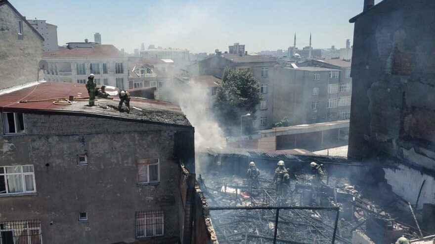 İmamoğlu, yoğun çabayla yangını söndüren itfaiye personelini kutladı: Sizlerle gurur duyuyorum