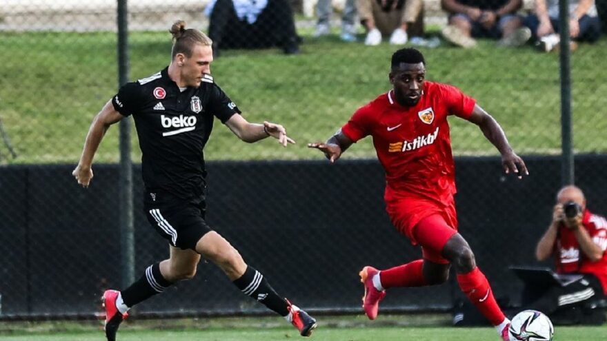 Beşiktaş hazırlık maçında Kayserispor'a 3-0 yenildi