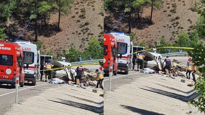 Adana'da düğün yolunda kaza: 5 ölü