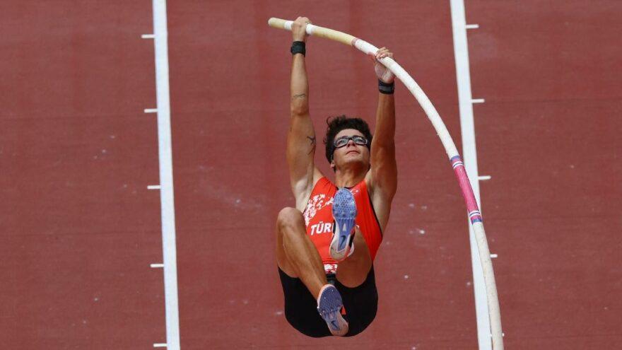 Ersu Şaşma, Olimpiyat Oyunları'nda finale kaldı