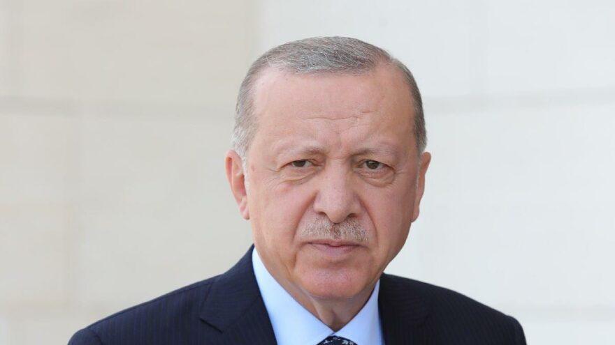 Erdoğan afet bölgesini havadan inceledi