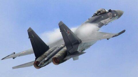 Rus savaş uçağı denize çakıldı