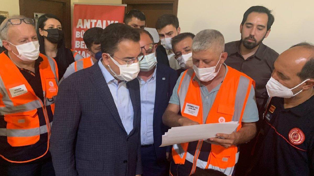 Babacan'dan yangın bölgesinde çay dağıtan Erdoğan'a tepki