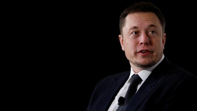 Elon Musk isyan etti: 'Herhangi bir şeyin CEO'su olmak istemiyorum'