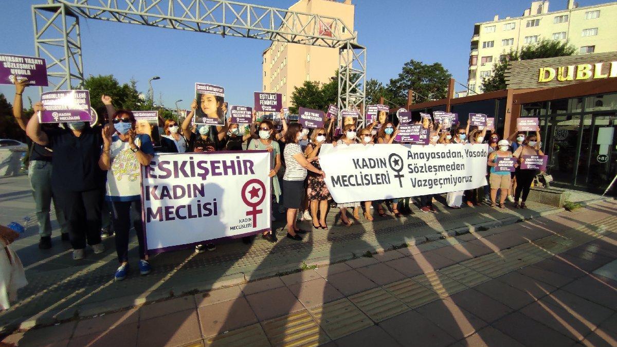 Kadınlar vahşi cinayete tepki gösterdi: Azra için sessiz kalmıyoruz