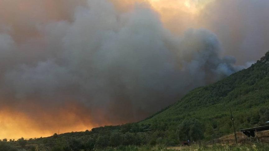 OGM: Yangın söndürme helikopterinin düştüğü haberleri asılsız