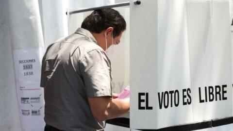 Meksika'da halk 5 eski devlet başkanının yargılanmasına 'evet' dedi
