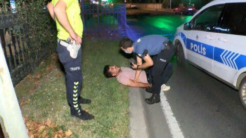 Başkasının ehliyetiyle yakalandı, polise zor anlar yaşattı