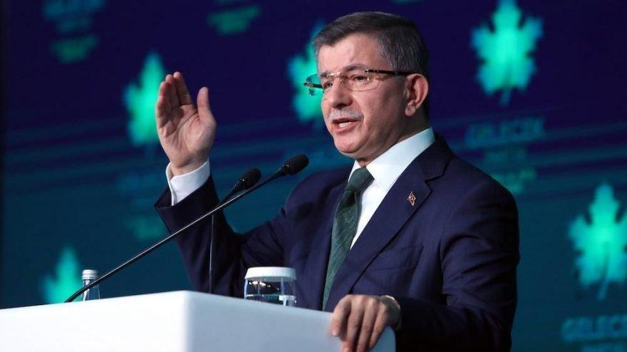Ahmet Davutoğlu: Yazlık Saray'ın maliyetine 15 yangın söndürme uçağı alınabilirdi