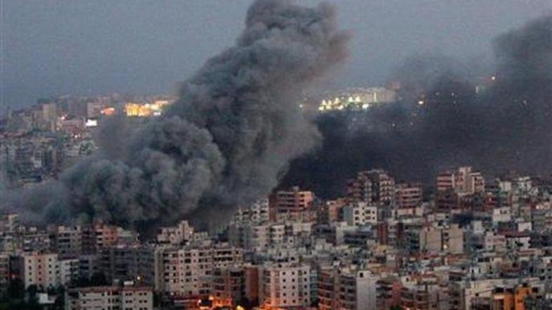 İsrail, Lübnan'ın güneyine top mermileriyle saldırdı