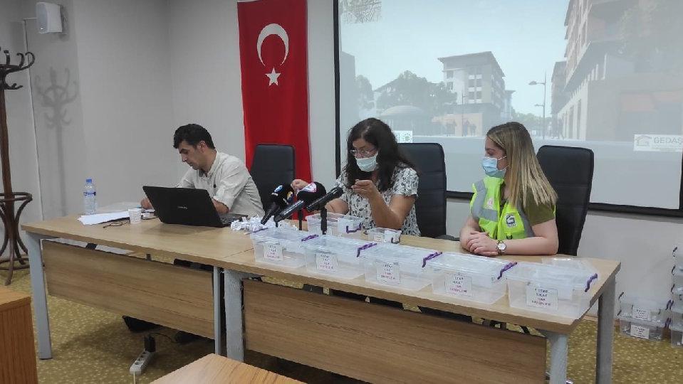 Elazığlı depremzedelerden yetkililere 'kura' tepkisi