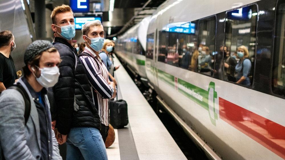 Almanya'da aşı yaptıran yok: Aşı olana ya para ya sosis
