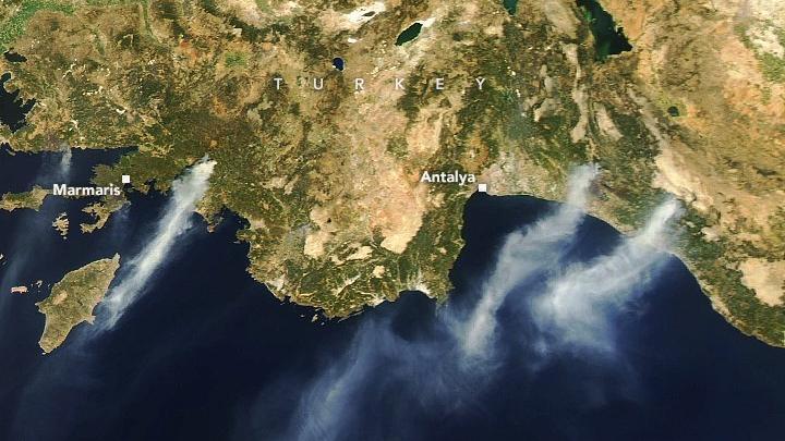 NASA, Türkiye'deki yangınların uydu görüntülerini paylaştı
