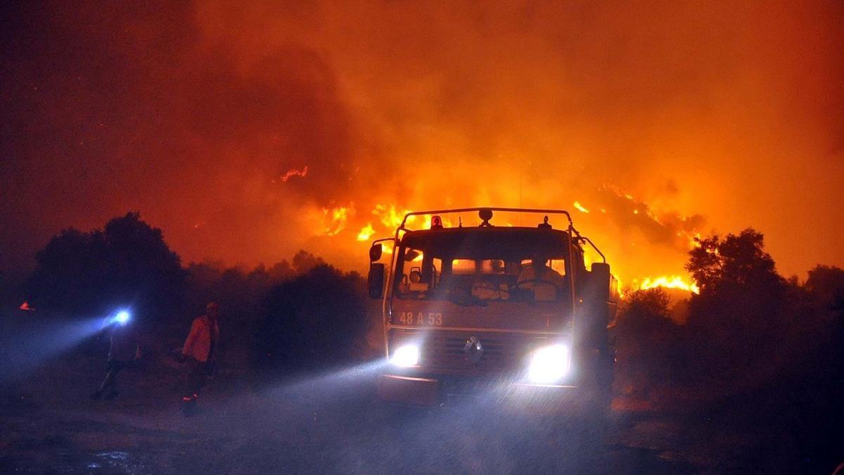 Muğla'daki yangınlarla ilgili 6 kişi tutuklandı