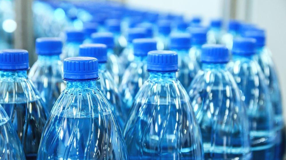 Çevre için plastik şişedeki su, musluk suyundan 3 bin 500 kat daha zararlı
