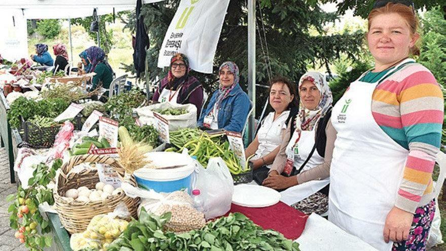 Kadınlar ata tohumları ile emeklerini kazanca çeviriyor
