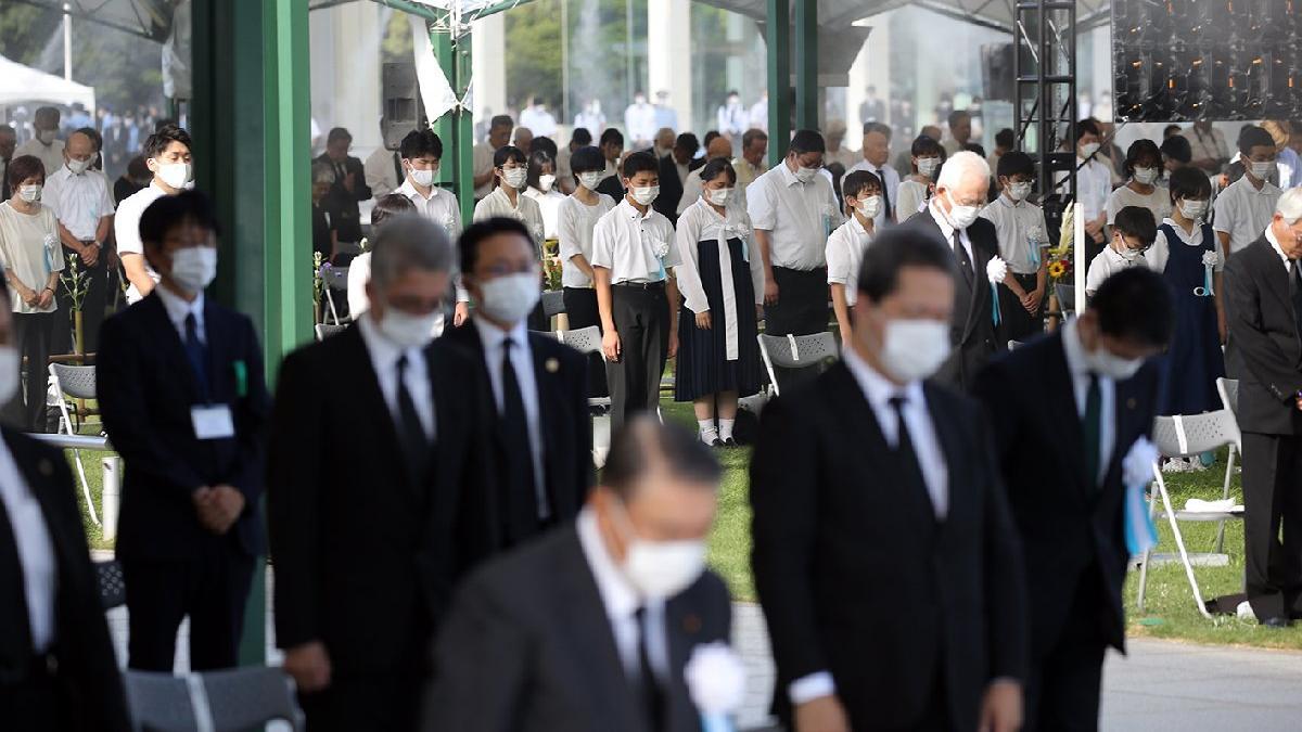 Hiroşima'da kurbanlar saldırının 76. yılında anıldı
