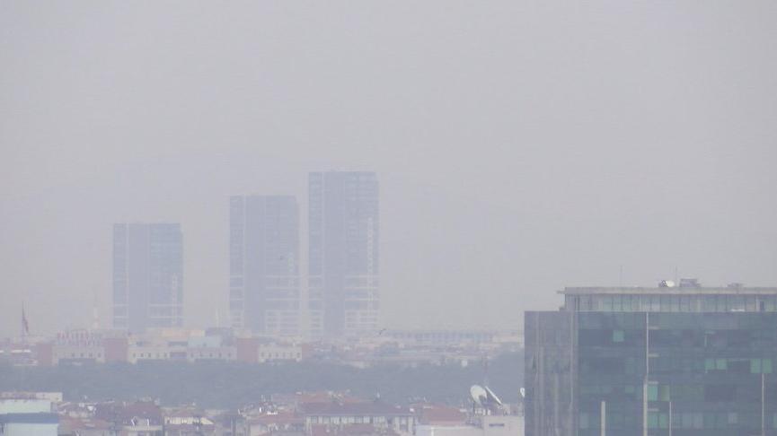 İstanbul'u kül bulutu sardı