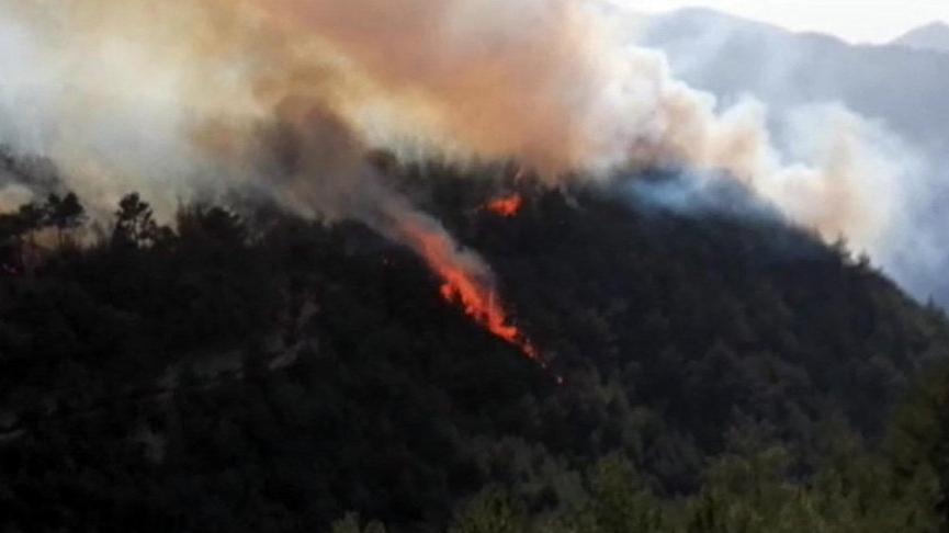 Karabük'teki yangın büyüdü