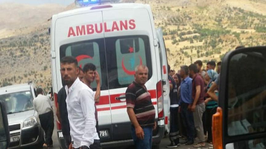Adıyaman'da araç devrildi: 12 yaralı