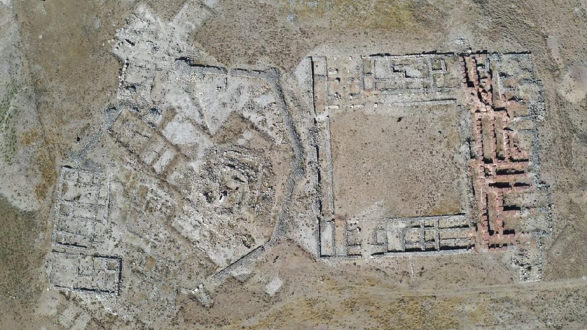 Hitit krallarının yazlığı Sarissa Antik Kenti