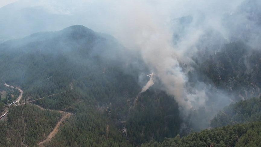 Köyceğiz'deki yangında 10'uncu gün! Rüzgarın etkisiyle büyümeye devam ediyor