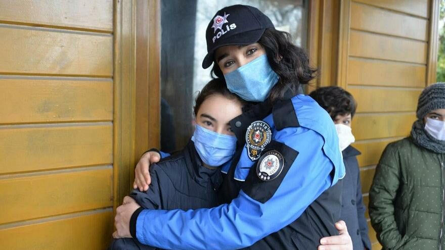 Polisin gülen yüzü TDP