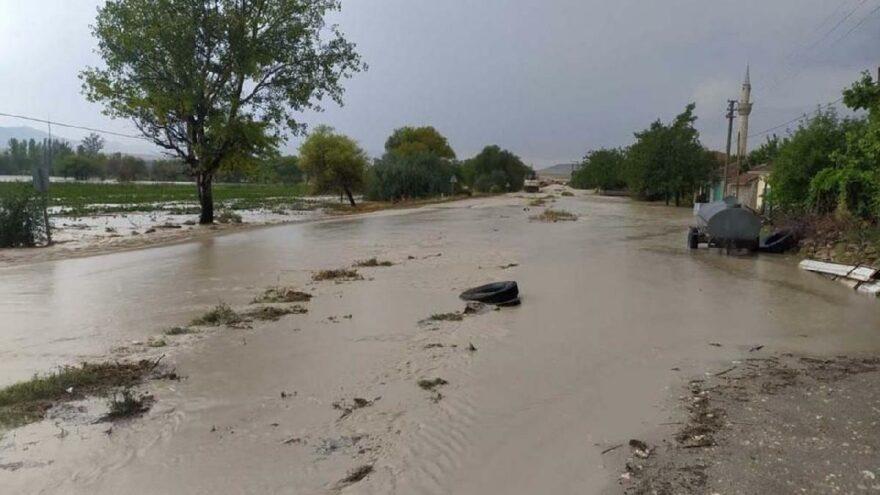 Şiddetli yağmur kenti vurdu