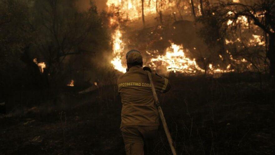 Eğriboz'daki yangınlara kontrol altına alınamıyor