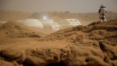 NASA, Mars'ta yaşayacak gönüllüler arıyor