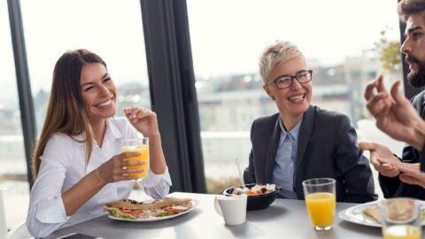 Dev şirketlerden ofise geri dönüş için yemek teşviki: Ücretsiz kahvaltı, öğle yemeği ve dondurma