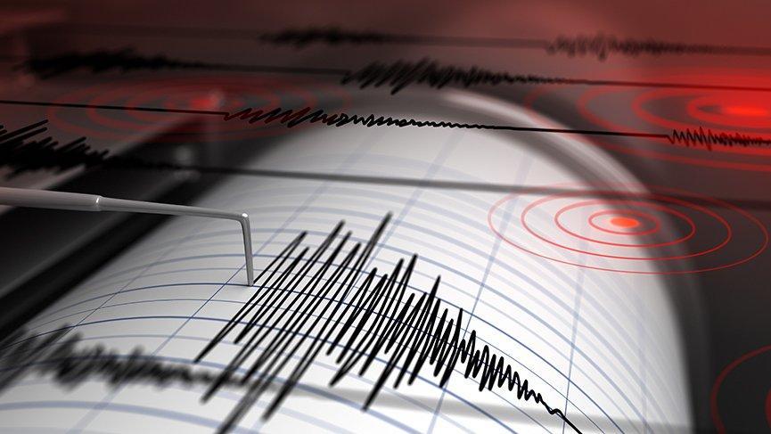 Kuşadası'nda 3.8 şiddetinde deprem