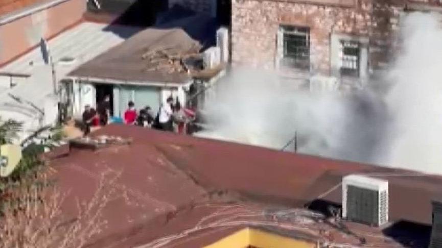 Kapalıçarşı'nın girişinde yangın paniği