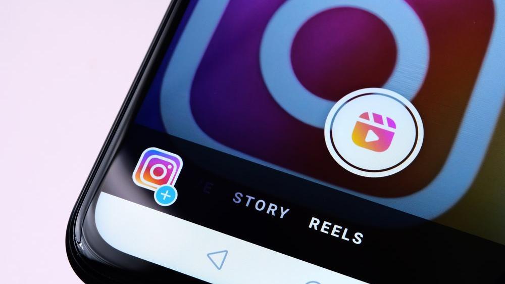 Algoritmalar, reklam modelleri, videolar... Sanatçılar Instagram'a kızgın