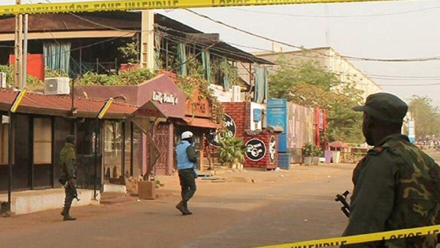Ülke kanlı saldırıyla sarsıldı: 51 ölü