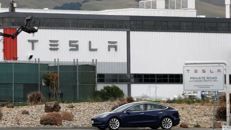 Tesla COVID-19 önlemlerini güncelledi