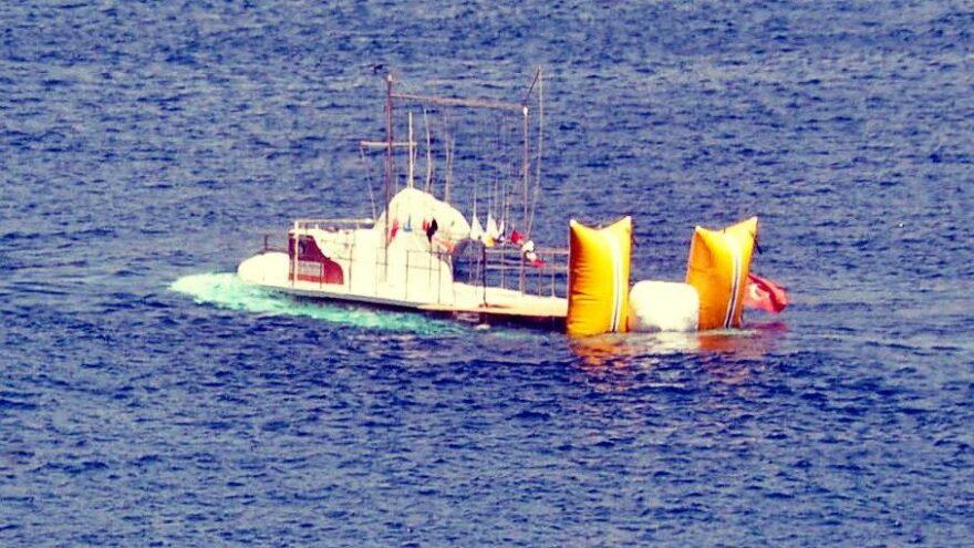 Bodrum'da yelken yarışlarında hakem teknesi battı