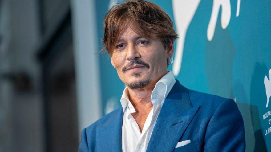 Johnny Depp'e ömür boyu başarı ödülü verildi