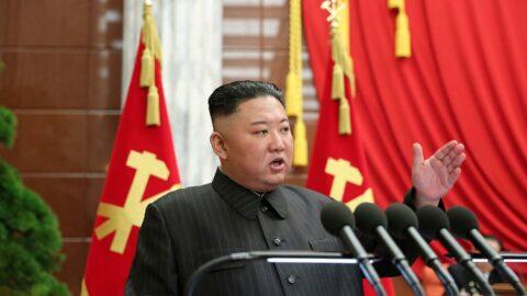 Kore'de tansiyon yükseliyor: Kuzey Kore acil hatta cevap vermiyor