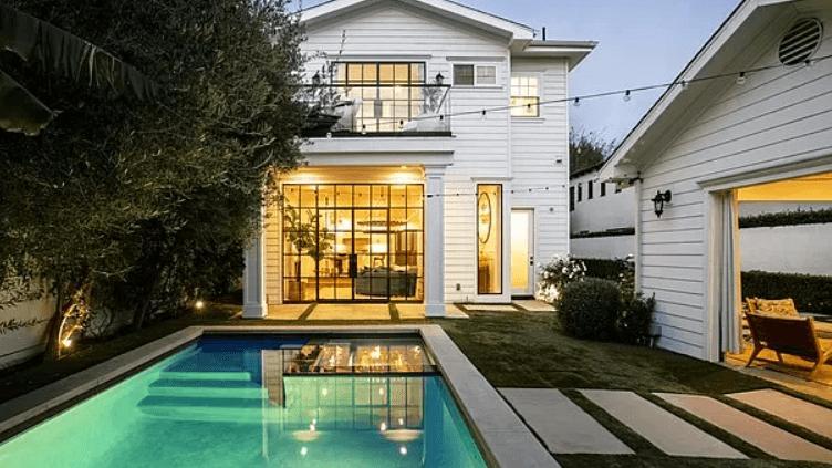 Margot Robbie, Los Angeles'taki evini 3.4 milyon dolara sattı