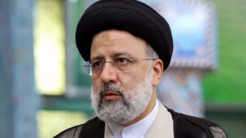 İran'ın yeni Cumhurbaşkanı Reisi kabinesini meclise sundu