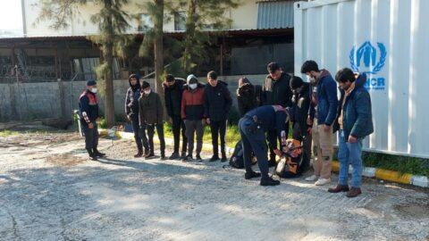 İzmir'de 48 mülteci yakalandı