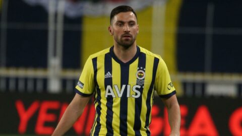 Vitor Pereira istemedi, Mustafa Denizli'nın kararı bekleniyor