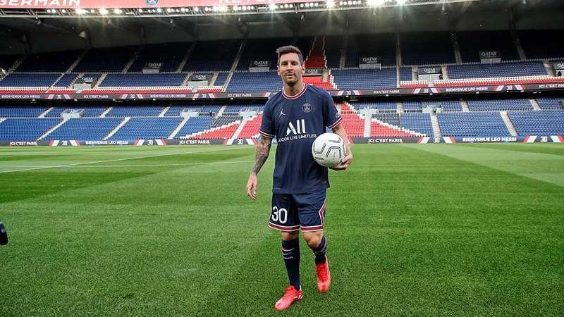 PSG'den Lionel Messi transferinde dünyada bir ilk