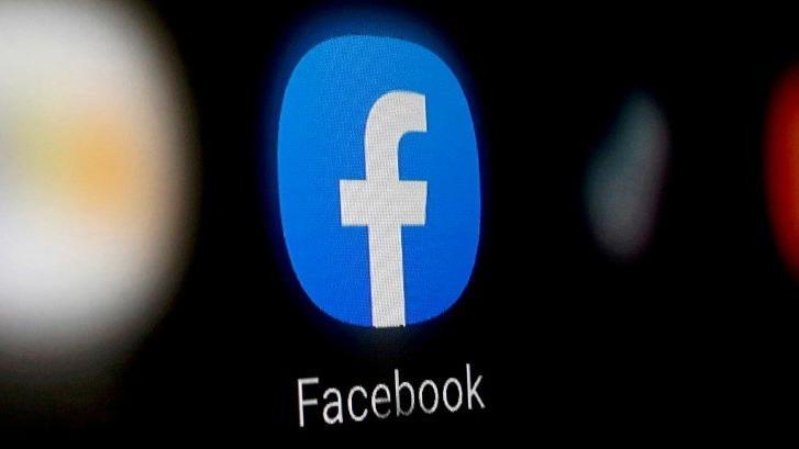 Facebook'a bir darbe daha