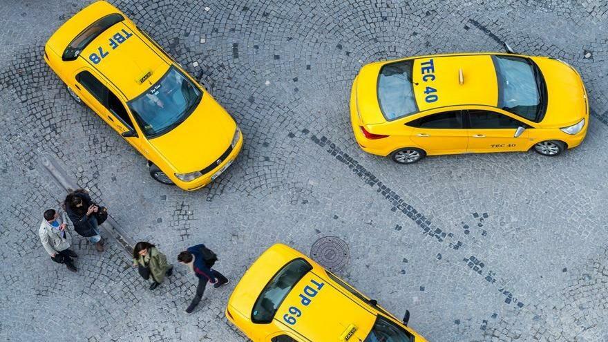 Halk yollarda sefil ama taksi plakası fiyatı uçuyor