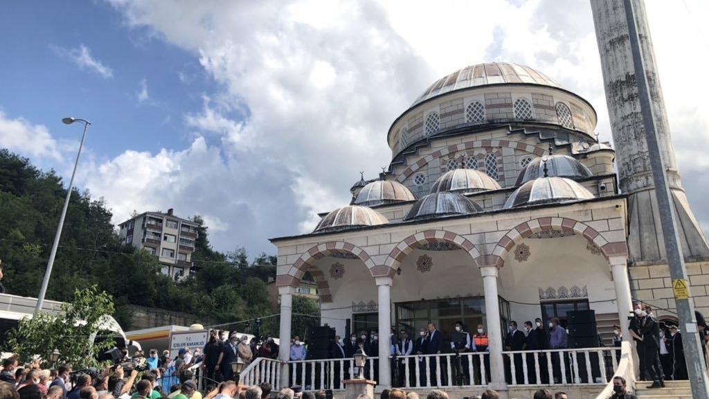 Erdoğan namaz kılsın diye, sahra hastanesi olan cami boşaltıldı iddiası
