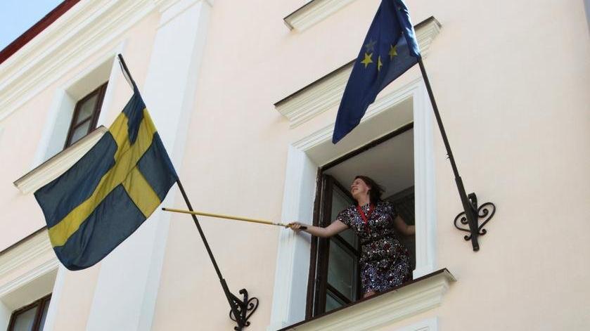 Danimarka ve Norveç Kabil'deki büyükelçiliklerini kapatıyor